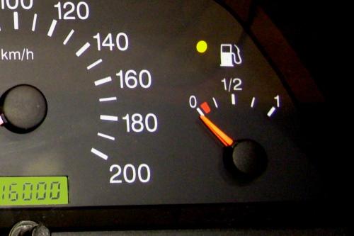 Фото №3 - ВАЗ 2110 врет датчик топлива