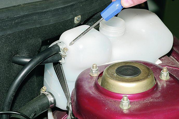 Фото №27 - замена бачка охлаждающей жидкости ВАЗ 2110