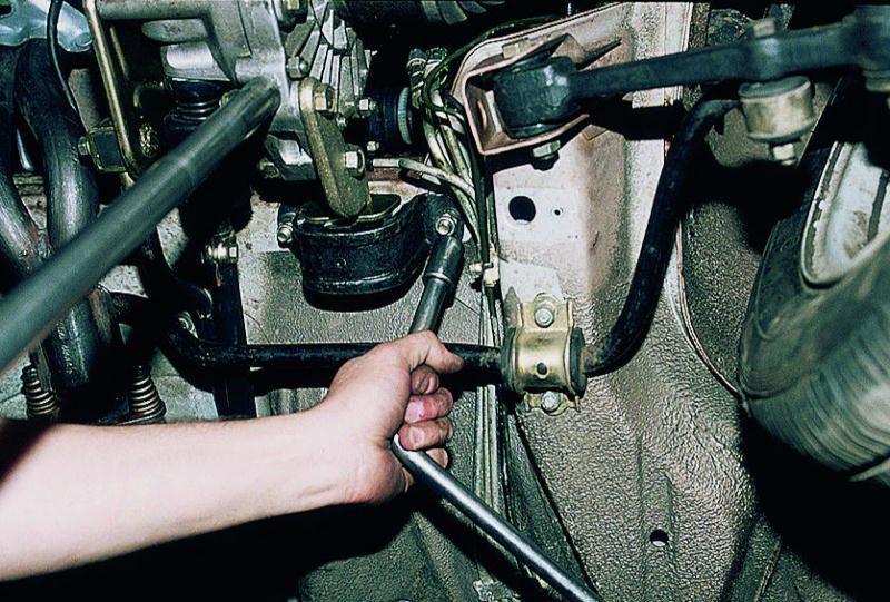 Фото №1 - ремонт автомобиля ВАЗ 2110 своими руками
