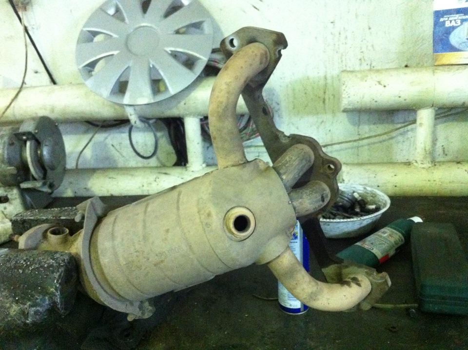 Фото №9 - запах выхлопных газов в салоне ВАЗ 2110
