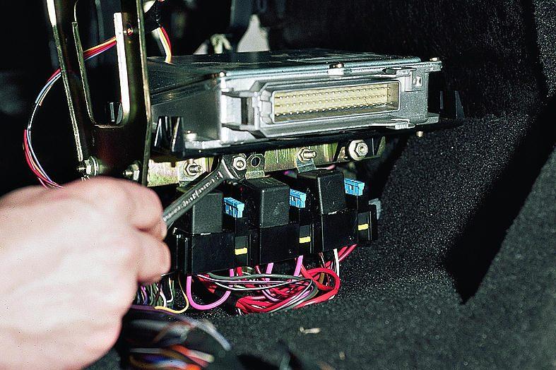 Фото №1 - реле топливного насоса на ВАЗ 2110