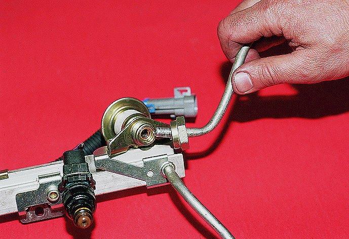 Фото №13 - клапан регулировки давления топлива ВАЗ 2110