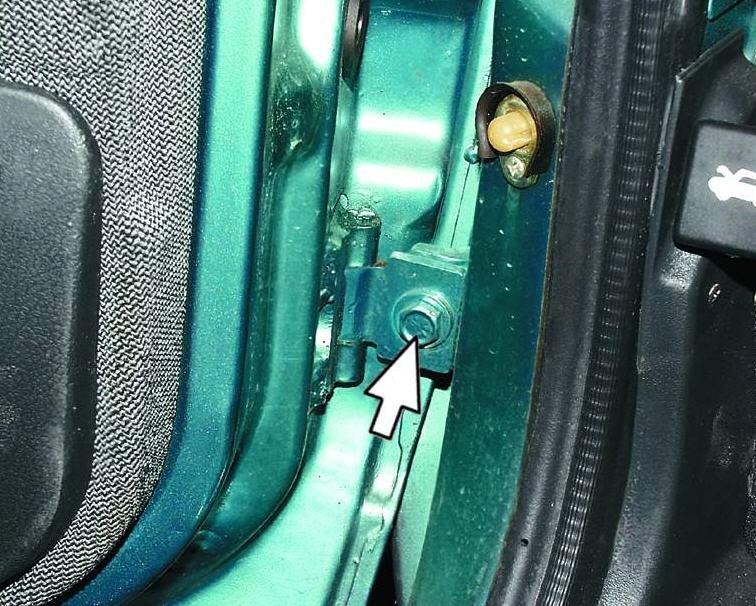 Фото №17 - ремонт петель ВАЗ 2110