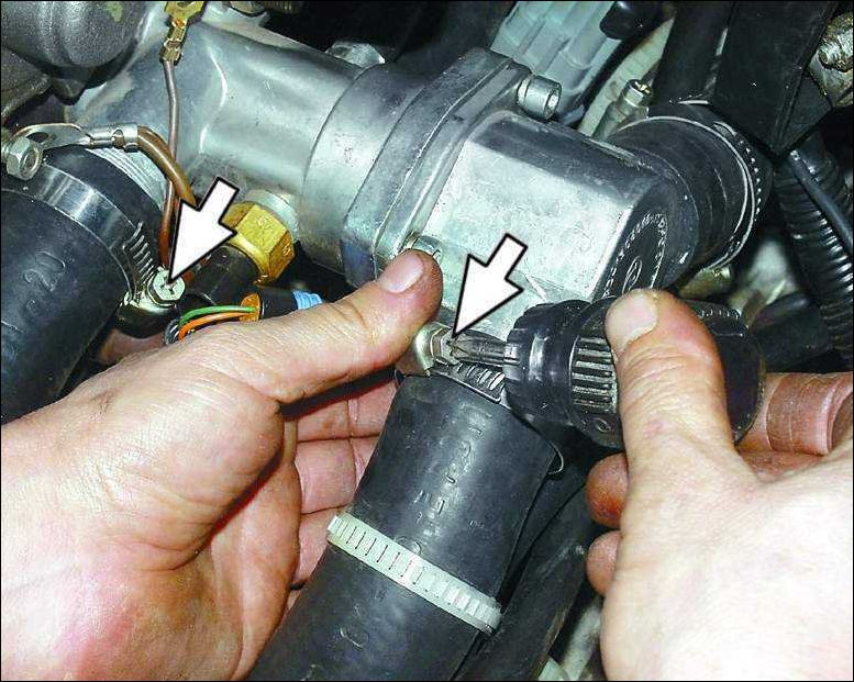 Фото №7 - замена термостата ВАЗ 2110
