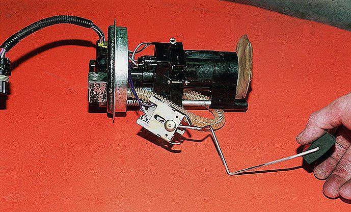 Фото №3 - неправильно показывает датчик уровня топлива ВАЗ 2110 инжектор