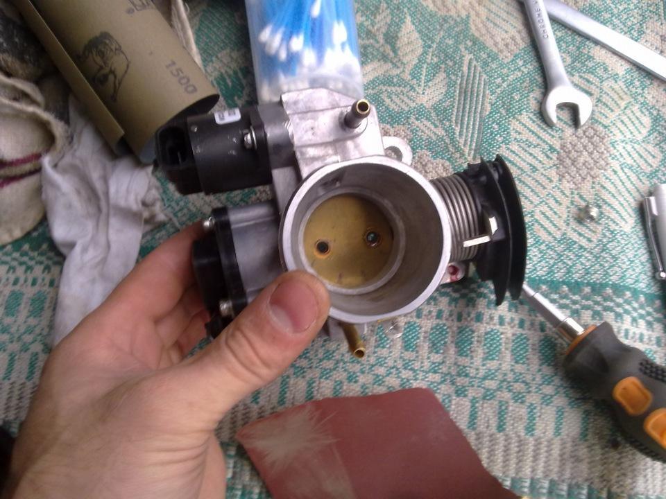 Фото №6 - чистка дросселя ВАЗ 2110