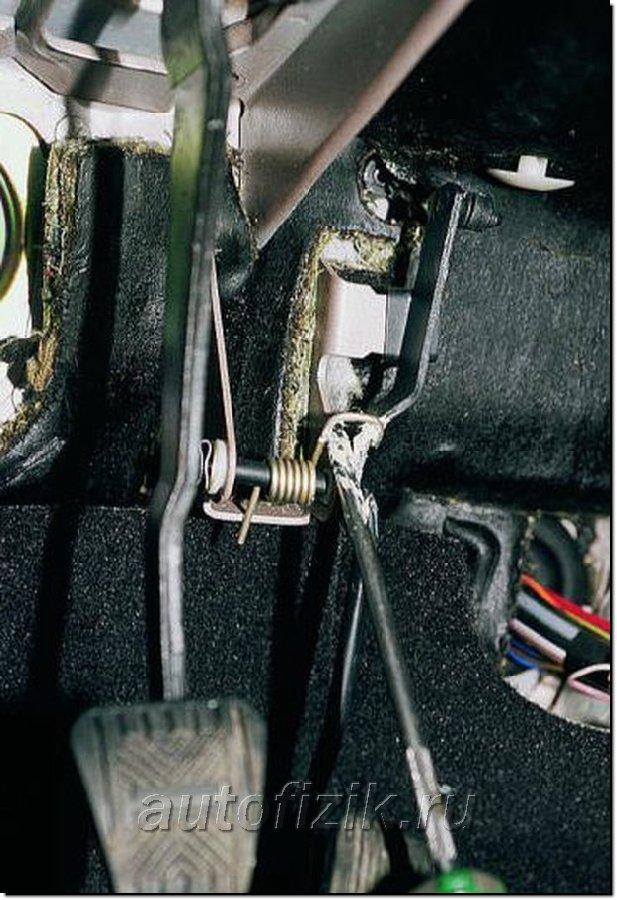 Фото №39 - как снять дроссельную заслонку на ВАЗ 2110