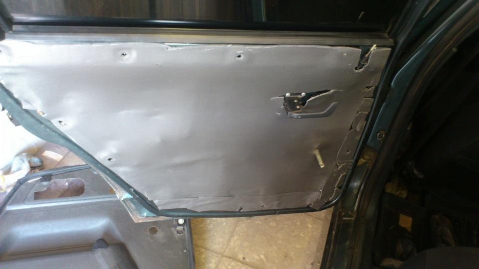 Фото №15 - ремонт дверей ВАЗ 2110