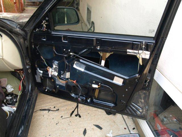 Фото №16 - ремонт дверей ВАЗ 2110