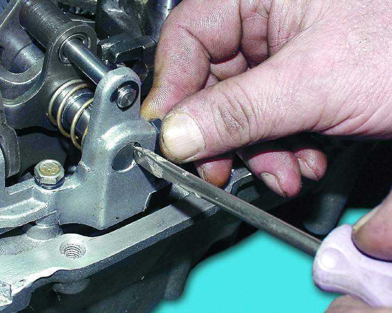 Фото №10 - механизм выбора передач ВАЗ 2110