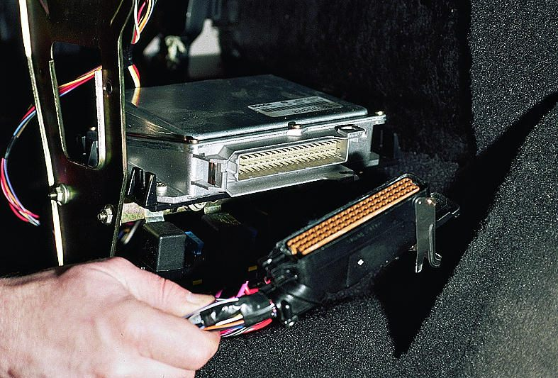 Фото №8 - блок управления двигателем ВАЗ 2110