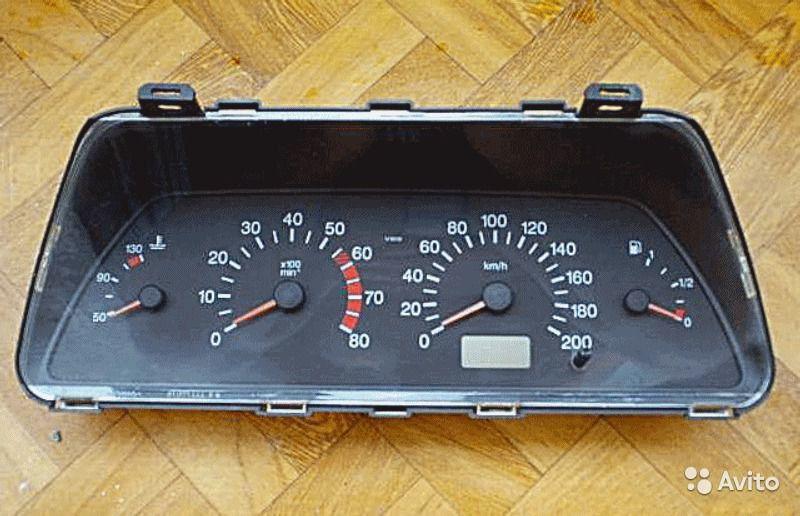 Фото №34 - панель приборов на ВАЗ 2110