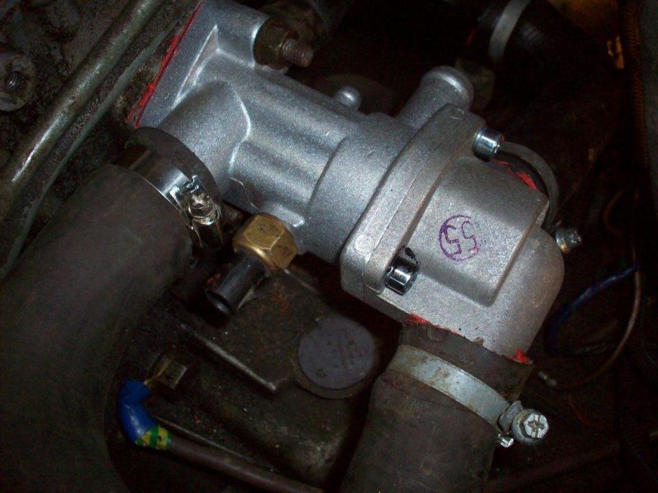 Фото №5 - замена термостата ВАЗ 2110