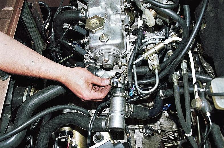 Фото №15 - датчик температуры охлаждающей жидкости ВАЗ 2110