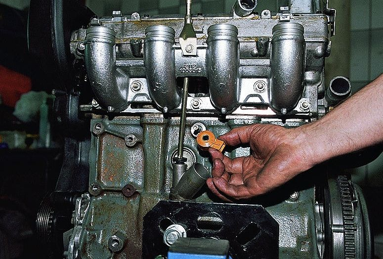 Фото №39 - ВАЗ 2110 замена датчика детонации