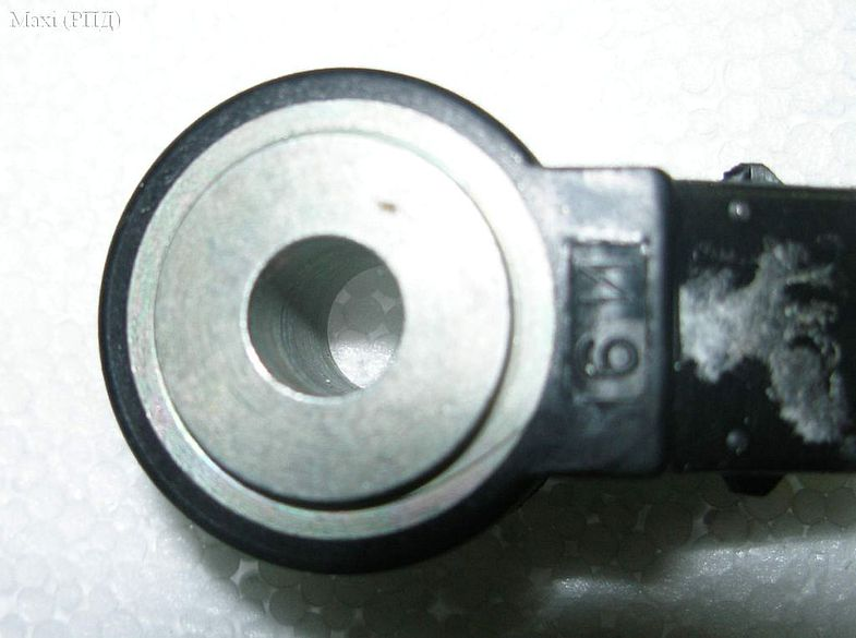 Фото №24 - где находится датчик детонации на ВАЗ 2110 16 клапанов