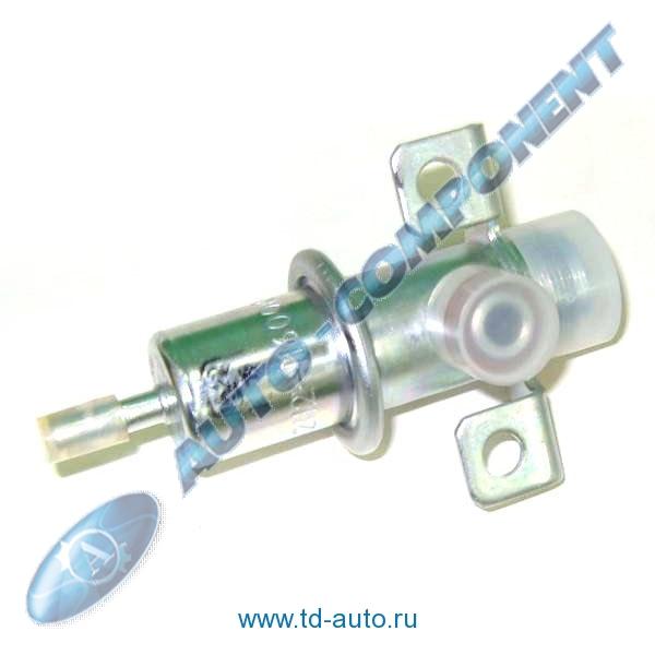 Фото №23 - регулятор давления топлива ВАЗ 2110 16 клапанов где находится