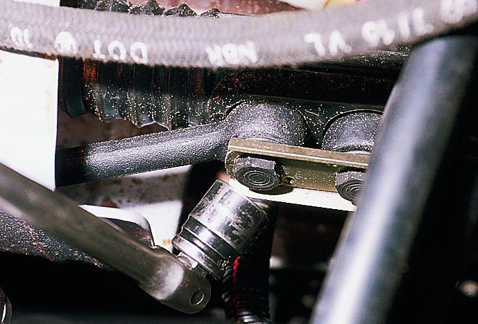 Фото №11 - как подтянуть рулевую рейку на ВАЗ 2110