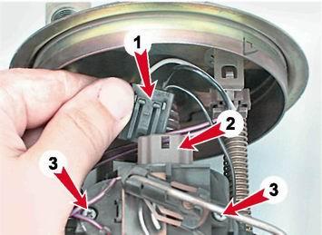 Фото №27 - ВАЗ 2110 ремонт датчика уровня топлива