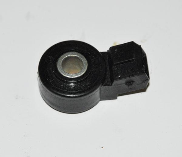 Фото №32 - ВАЗ 2110 замена датчика детонации