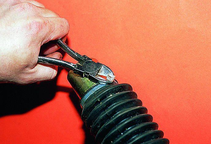 Фото №25 - замена пыльника рулевой рейки ВАЗ 2110
