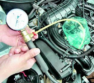 Фото №18 - проверка давления в топливной рампе ВАЗ 2110