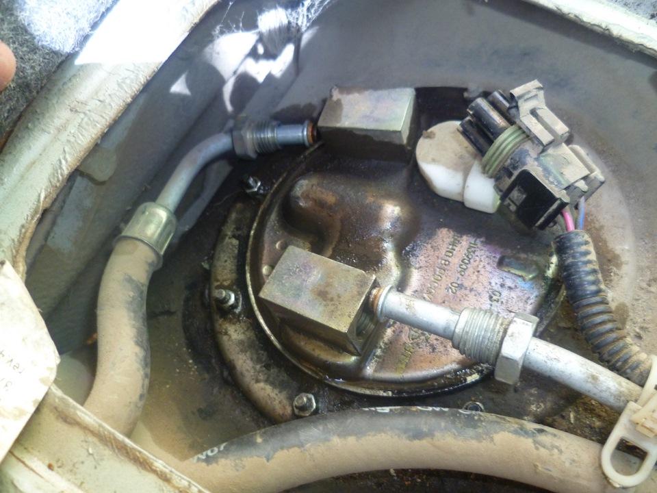 Фото №23 - датчик топливный ВАЗ 2110