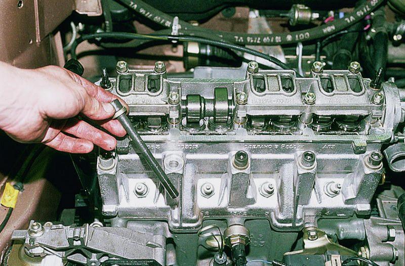 Фото №21 - ВАЗ 2110 замена прокладки гбц