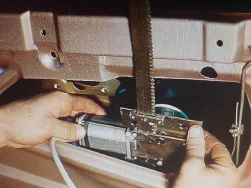 Фото №28 - проводка стеклоподъемников ВАЗ 2110