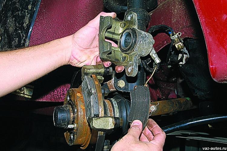 Фото №14 - греется переднее колесо ВАЗ 2110