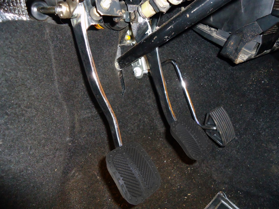 Фото №26 - провалилась педаль сцепления ВАЗ 2110