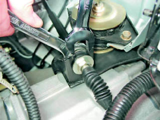 Фото №8 - как поставить тросик сцепления на ВАЗ 2110