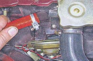 Фото №10 - выкидывает тосол из расширительного бачка ВАЗ 2110