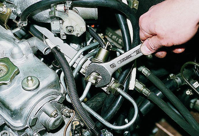 Фото №21 - давление топлива ВАЗ 2110