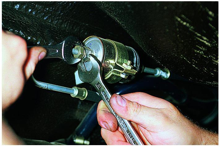 Фото №30 - замена топливного фильтра ВАЗ 2110