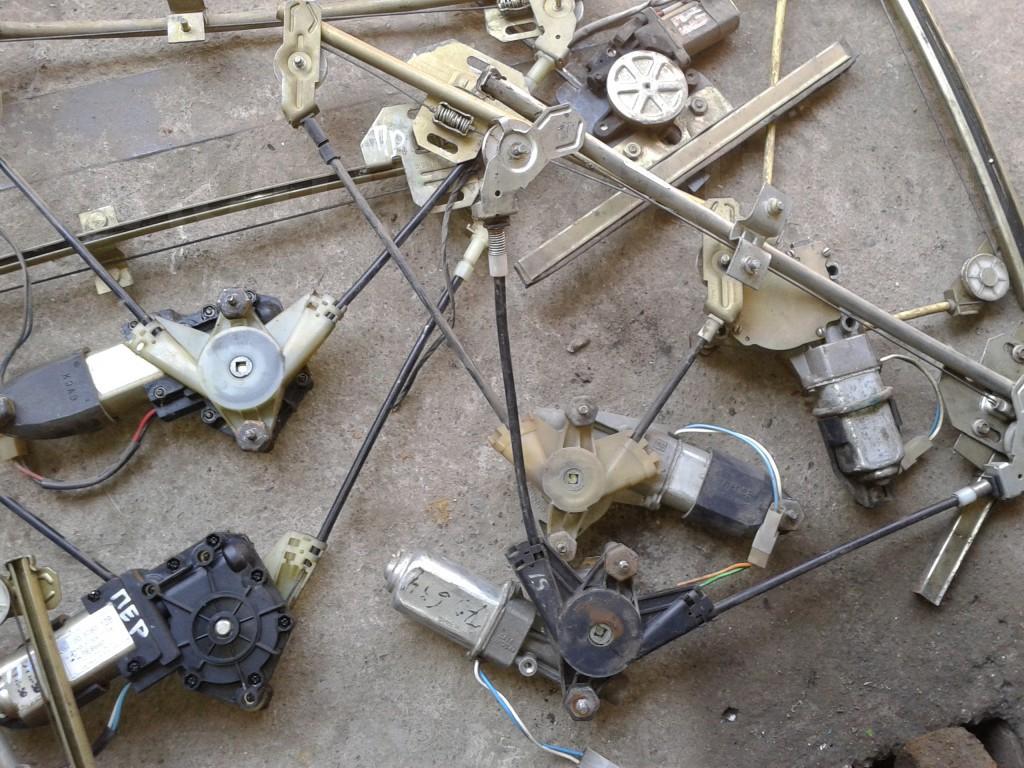 Фото №31 - ремонт стеклоподъемника ВАЗ 2110